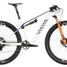 2021 Canyon Lux CF SLX 9 Team Bike