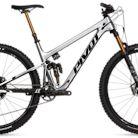 2021 Pivot Trail 429 V3 Team XTR Live Bike