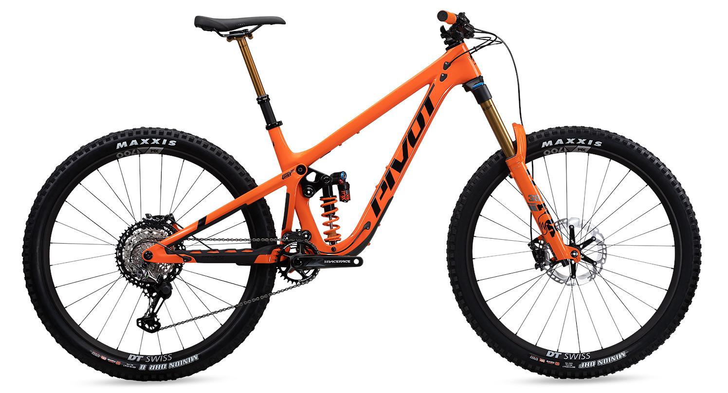 2021 Pivot Firebird Pro XT/XTR Coil with Alloy Wheels (Orange)