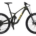 2022 GT Force Carbon Pro Bike