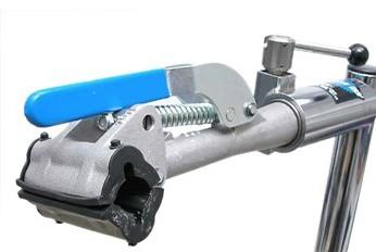 Park Tool 1008C - Spring Linkage Clamp  37285.jpg