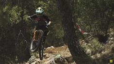 C235x132_noga_jump