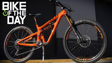 C366x206_yeti_sb150_orange_spot