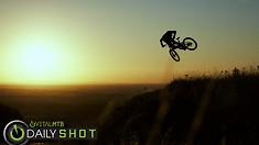C235x132_sunset_sender_5_spot
