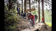Aaron Gwin Race Camp in Bikepark Leogang: a Dream Come True for Ten Riders