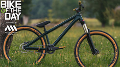 Bike of the Day: Dartmoor Two6Player