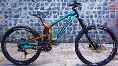 Bike Check – George Brannigan's Custom Painted Propain Rage
