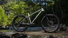 New 2021 Commencal Meta AM HT