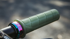 ERGON GD1 Evo Grips Distort Gravity