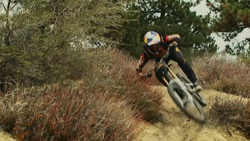 Aaron Gwin X Clay Porter = Timeless