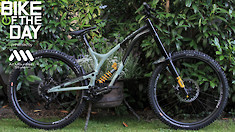 Bike of the Day: Commencal Supreme DH 29