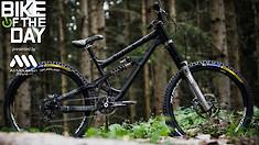 Bike of the Day: Banshee Darkside