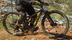 Forum: Are Global DH Bike Sales Falling?