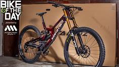 Bike of the Day: Santa Cruz V10 29
