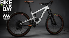 Bike of the Day: Santa Cruz Nomad V4