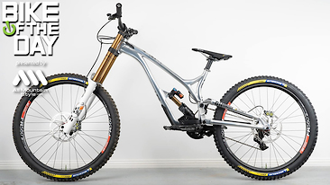 Bike of the Day: Commencal Supreme Mullet