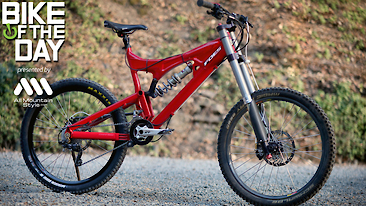 Bike of the Day: 2007 Foes Fly