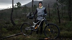 Angel Suarez Joins Commencal 21