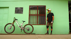 Neko Mulally Celebrates His Birthday MTB Style in Costa Rica