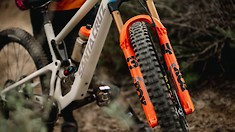 FOX Introduces All-New 34 Fork and Float X / DHX Shocks for 2022