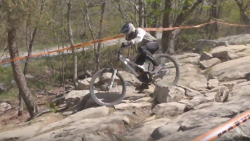 Who Needs Red Bull TV When You Have Grit? RACE REPLAY - Massanutten DHSE - SO RAD!