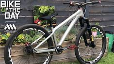 Bike of the Day: Santa Cruz Jackal