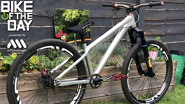 Bike of the Day: Santa Cruz Jackal