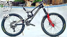 """Bike of the Day: Santa Cruz V10 """"Mini Mullet"""""""