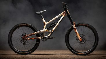 Here Comes the Low-Pivot Idler - Andreu Lacondeguy's Custom Rampage Rig