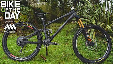 Bike of the Day: Banshee Spitfire