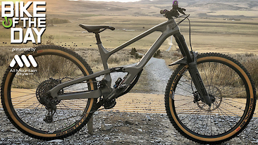 Bike of the Day: Cannondale Jekyll