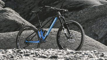 Mondraker Launches Updated Foxy Carbon