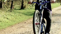 Video: How To Manual with Steve Peat and Blake Samson
