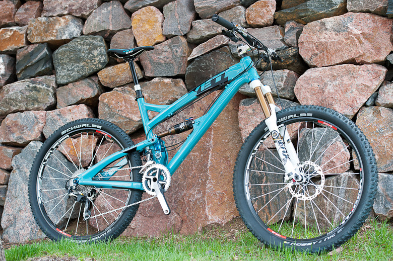 The Yeti SB-66 features a completely revolutionary suspension design to get 6-inches of travel.