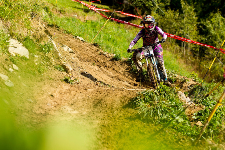 Myriam Nicole was fastest at the second split by over 9 seconds, but a mishap near the bottom pushed her back to 4th Place. - Photo: Sven Martin