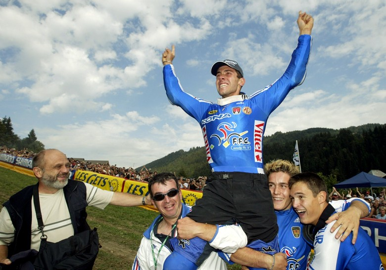 The taste of success in 2004. Fabien's first Elite World Champs DH victory. photo courtesy of Fabien Barel