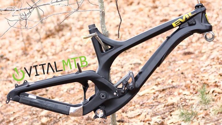 Evil Undead Carbon Downhill Bike Spy Shots - Mountain Bikes Feature ...