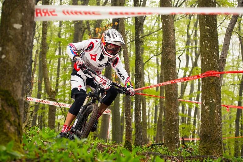 Race winner Anneke Beerten - photo by Christophe Bayer
