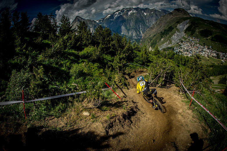 Taylor Vernon practicing the Air DH at Crankworx Les 2 Alpes on Tuesday. Photo by Sven Martin