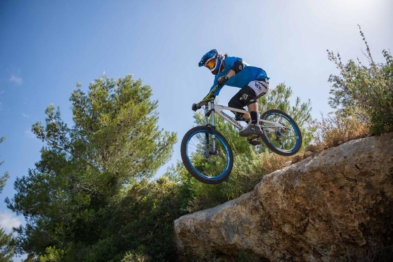 Race Face Ambush Knee Pad Reviews Comparisons Specs Mountain