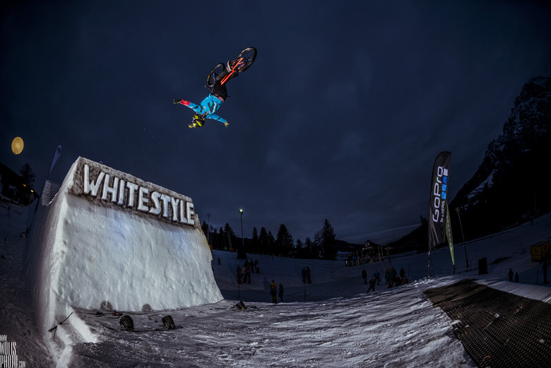 Antoine Bizet on his way to winning White Style 2014. photo by Bartek Wolinski