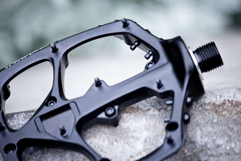 First Look Specialized Boomslang Flat Pedals Mountain