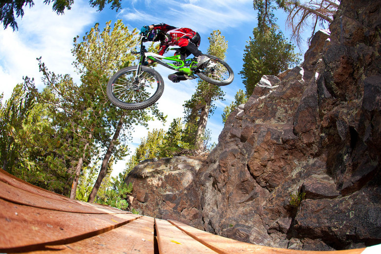a18337987e2 Mammoth Mountain Bike Park Opening Day and Upcoming Event Dates ...