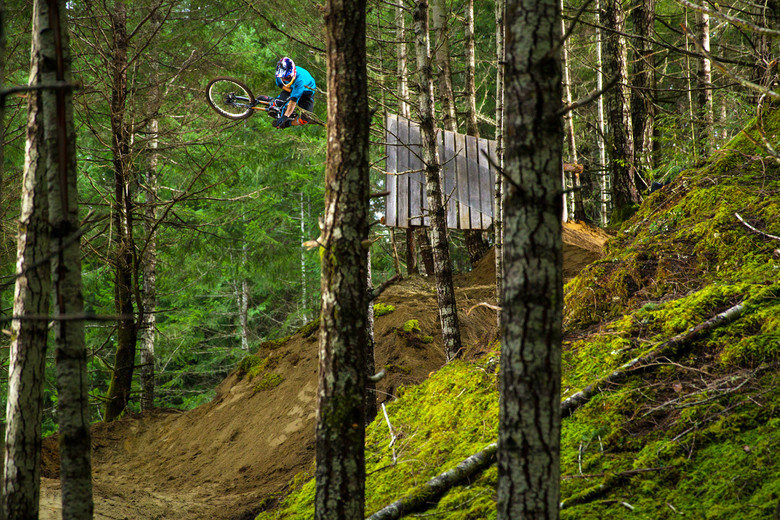 The Claw sending it - photo Sterling Lorence.