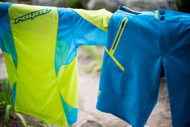 Turbulence jersey & Impact shorts.