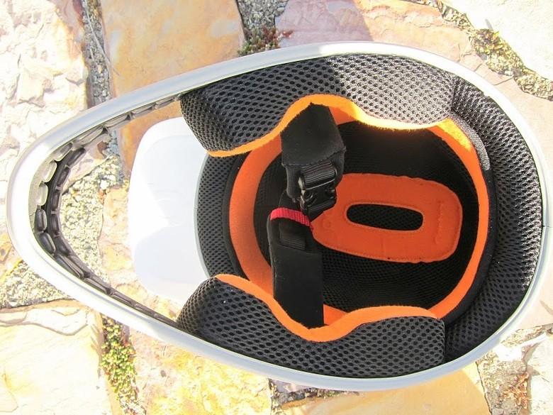 Buckle Chin Strap - Photo Credit: <a href=