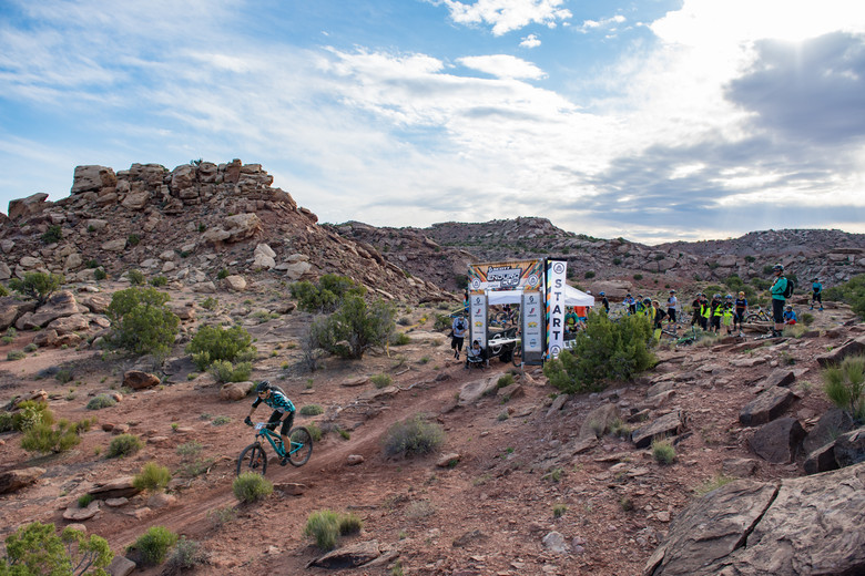 Rider Mike West launching into Stage One of the SCOTT Enduro Cup presented by Vittoria, Moab—Photo: Mike Schirf
