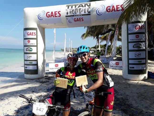 US Shannon Boffeli and Jennifer Hanks win 2016 Titan Tropic Cuba in Mixed Duo