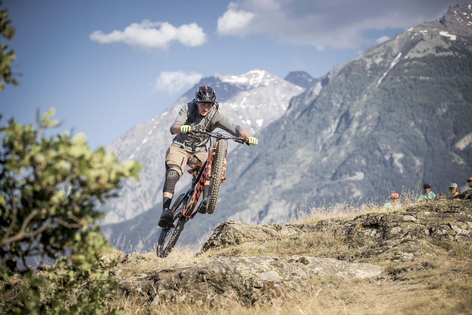 Brendan shredding the new Scott Genius in Aosta Valley, Italy.