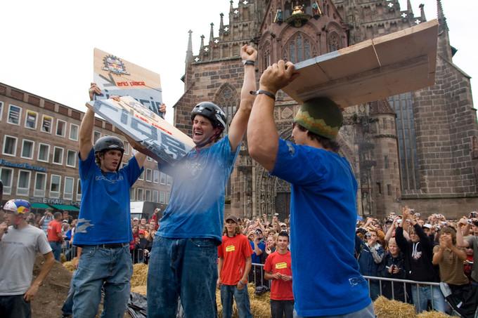 Cam McCaul celebrating his 2006 win at Red Bull District Ride